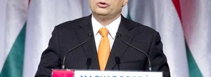 El Presidente Húngaro, Victor Orban, se dirige a los Europeos.<br><span style='color:#006EAF;font-size:12px;'>Discurso sobre la oleadade musulmanes sirios.</span>