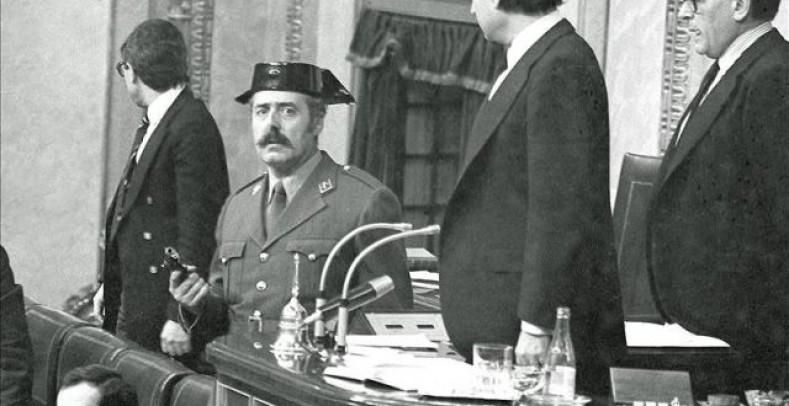 El-Gobierno-mantiene-retirado-en-un-despacho-al-hijo-del-golpista-Antonio-Tejero-Mol