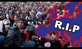 El 99% de los inmigrantes que intentan entrar ilegalmente en Europa lo consiguen<br><span style='color:#006EAF;font-size:12px;'>STOP INVASIÓN DE EUROPA</span>