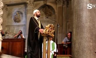 El clero cristiano da la bienvenida al islam en la iglesia, y después se doblega ante él<br><span style='color:#006EAF;font-size:12px;'>STOP ISLAMIZACIÓN DE EUROPA</span>