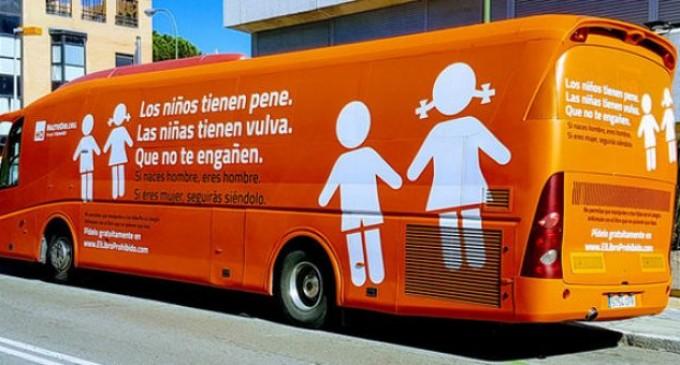 El autobús del odio<br><span style='color:#006EAF;font-size:12px;'>Mi Mundo Imperfecto</span>