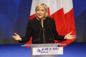 Marine Le Pen en un mitin en Lyon.
