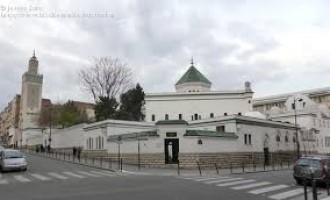 La gran mezquita de París pide a los musulmanes que voten a Macron en la segunda vuelta<br><span style='color:#006EAF;font-size:12px;'>STOP ISLAMIZACIÓN DE EUROPA</span>