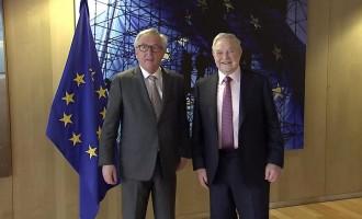 ¿Qué &#8220;pinta&#8221; Soros reuniéndose con Juncker en Bruselas?<br><span style='color:#006EAF;font-size:12px;'>POR LA SALIDA DE LA UE</span>