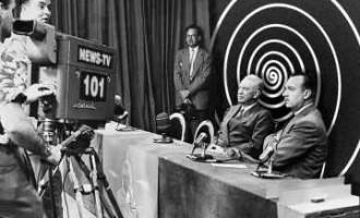 El experimento Milgram: La Autoridad de la Televisión<br><span style='color:#006EAF;font-size:12px;'>Revolución Por Hacer</span>