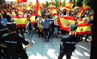 AUDIO: Llega el 1 de octubre. Los globalistas no pueden permitir una España fuerte.<br><span style='color:#006EAF;font-size:12px;'>RADIO AQUÍ LA VOZ DE EUROPA.</span>