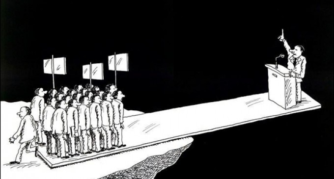 No ha sido ni el PP ni ciudadanos, habéis sido vosotros.<br><span style='color:#006EAF;font-size:12px;'>España unida, jamás será vencida.</span>