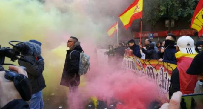 Escrache a la CUP<br><span style='color:#006EAF;font-size:12px;'>Barcelona, Sábado 2 ¡¡¡POR ESPAÑA ME ATREVO!!!</span>