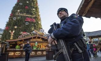 Estados Unidos alerta de un riesgo &#8220;intensificado&#8221; de atentados en Europa en Navidad<br><span style='color:#006EAF;font-size:12px;'>LOS MUSULMANES DEBEN REGRESAR A SUS PAÍSES</span>