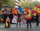 Manifestación por la unidad de España en Manresa<br><span style='color:#006EAF;font-size:12px;'>NO NOS ENGAÑAN, CATALUÑA ES ESPAÑA</span>