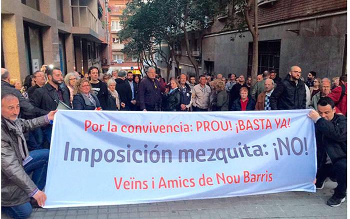 protesta-mezquita-Barceloa-2017