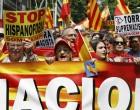 Exitosa manifestación patriota en Cataluña<br><span style='color:#006EAF;font-size:12px;'>CATALANIDAD ES HISPANIDAD</span>