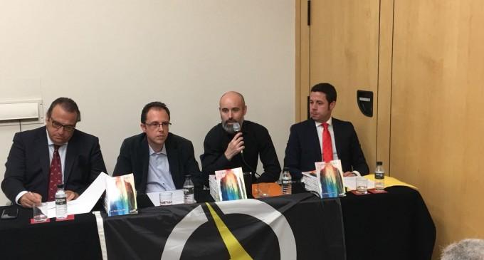 CRÓNICA: Aquí La Voz de Europa y Valentia Forum presentan el libro de José Manuel Bou Blanc<br><span style='color:#006EAF;font-size:12px;'>LIBRO
