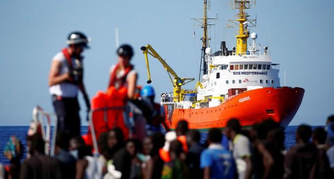 Los rescatados del «Aquarius» huyen de Valencia<br><span style='color:#006EAF;font-size:12px;'>LA ESTAFA DEL BARCO AQUARIUS</span>