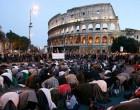 ¿Se convertirá Europa en un estado islámico? Aumenta la religiosidad de los musulmanes en Europa<br><span style='color:#006EAF;font-size:12px;'>MÁS Y MÁS MUSULMANES DESEAN LA SHARÍA EN EUROPA</span>