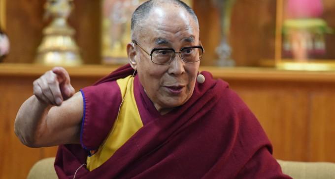 El Dalai Lama:&#8221;Europa es de los europeos&#8221;<br><span style='color:#006EAF;font-size:12px;'>LOS REFUGIADOS DEBEN VOLVER A SUS PAISES</span>