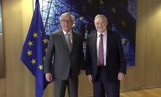 Juncker critica el nacionalismo y la extrema derecha en su último discurso del Estado de la Unión Europea<br><span style='color:#006EAF;font-size:12px;'>HAY QUE ACABAR CON LA UNIÓN EUROPEA</span>