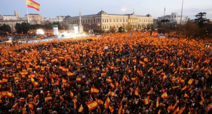 Ante los resultados electorales en Andalucía<br><span style='color:#006EAF;font-size:12px;'>DERECHIZACIÓN DE LA SOCIEDAD ANDALUZA Y ESPAÑOLA</span>