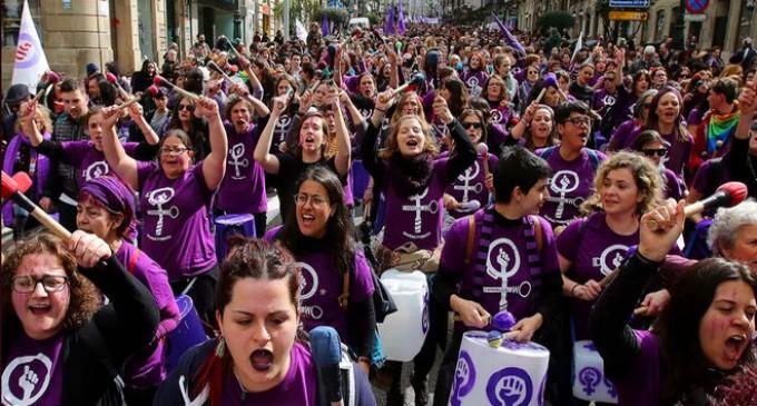 Confirmado: las feministas solo se movilizan contra el hombre español<br><span style='color:#006EAF;font-size:12px;'>DE NUEVO