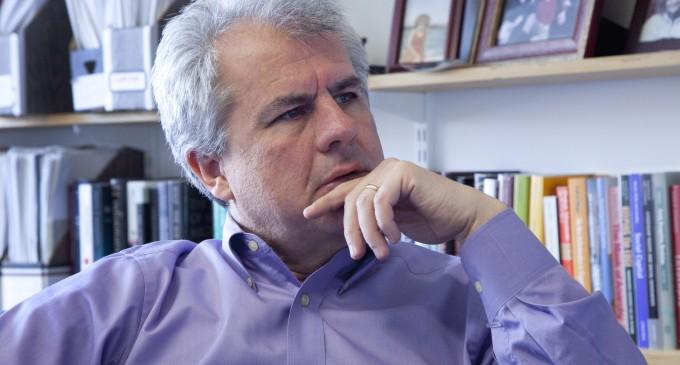 """Ex economista del Banco Mundial:""""Europa necesita más de 200 millones de inmigrantes en los próximos 30 años""""<br><span style='color:#006EAF;font-size:12px;'>EL GLOBALISMO QUIERE DESTRUIR EUROPA</span>"""