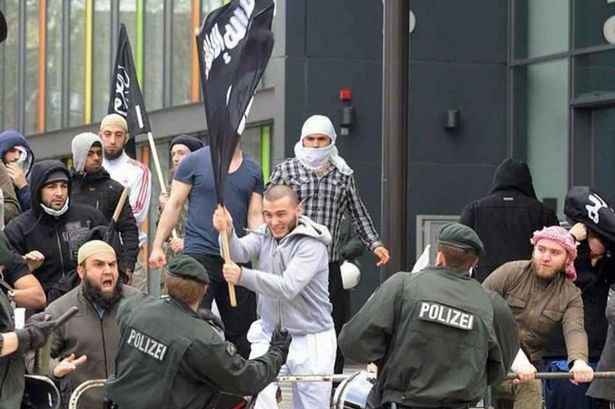 Isis-supporters-in-Germany
