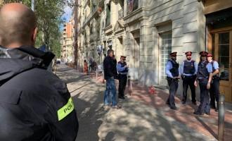 Marroquí degüella y asesina a joven española de 17 años<br><span style='color:#006EAF;font-size:12px;'>HA OCURRIDO EN BARCELONA</span>