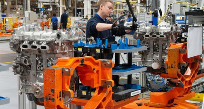 La industria se extingue: su peso sobre el PIB cae hasta el 12,6%<br><span style='color:#006EAF;font-size:12px;'>EL R78 HA DESTRUIDO NUESTRA ECONOMÍA PRODUCTIVA</span>