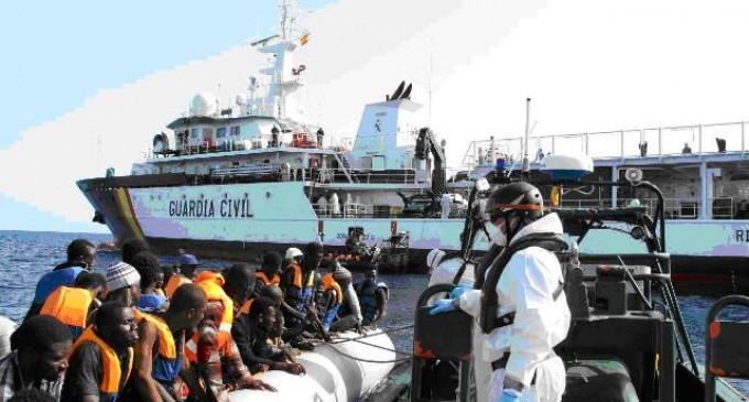 El ejército sigue metiendo inmigrantes ilegales en España<br><span style='color:#006EAF;font-size:12px;'>NO QUEREMOS EJÉRCITO PARA ESTO</span>