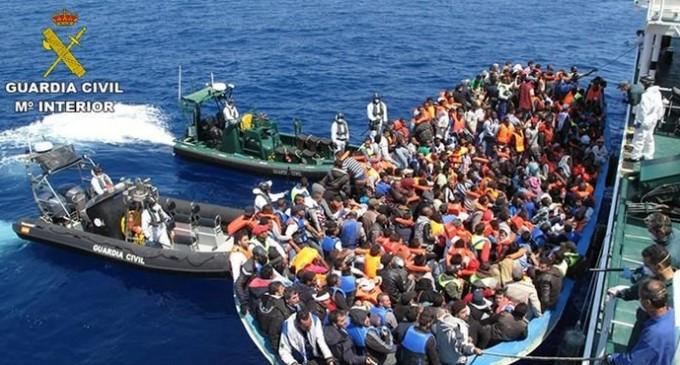 España y Grecia acaparan el 80% de las llegadas de inmigrantes a Europa en 2019<br><span style='color:#006EAF;font-size:12px;'>SIGUE LA INVASIÓN</span>