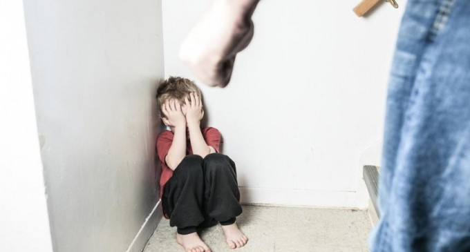 Detenido un dominicano de 18 años por abusar sexualmente de un bebé de 13 meses<br><span style='color:#006EAF;font-size:12px;'>TERRIBLE SUCESO</span>