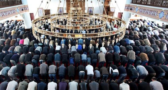 Una mezquita de Múnich aconseja en su web pegar a las mujeres desobedientes<br><span style='color:#006EAF;font-size:12px;'>RELIGIÓN DE PAZ</span>