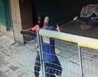Dos jóvenes magrebíes detenidos en Barcelona trasapuñalar a menor de edad en el cuello<br><span style='color:#006EAF;font-size:12px;'>Cuatro apuñalados en Barcelona en un solo día</span>