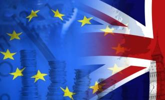 Portazo a los inmigrantes en Reino Unido: obligatorio hablar inglés y ganar 30.000€<br><span style='color:#006EAF;font-size:12px;'>FUERA DE LA UE, SÍ SE PUEDE</span>