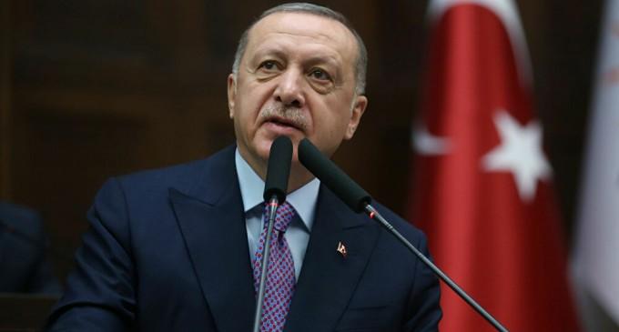Turquía cierra ahora fronteras con Grecia y Bulgaria para evitar coronavirus<br><span style='color:#006EAF;font-size:12px;'>CAMBIO RADICAL</span>