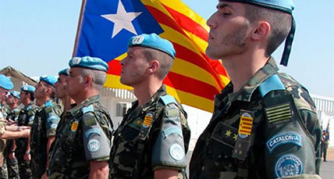 Independentistas organizan un curso de verano para diseñar un futuro ejército catalán<br><span style='color:#006EAF;font-size:12px;'>ESPAÑA, CAMINO DEL COLAPSO TOTAL</span>