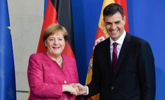 Sánchez pretende viajar a Alemania para negociar con Merkel las condiciones del rescate<br><span style='color:#006EAF;font-size:12px;'>HUMILLANTE VIAJE</span>
