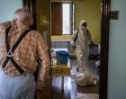 """""""Ancianos encerrados en residencias golpeaban puertas y suplicaban salir""""<br><span style='color:#006EAF;font-size:12px;'>SEGÚN MÉDICOS SIN FRONTERAS</span>"""