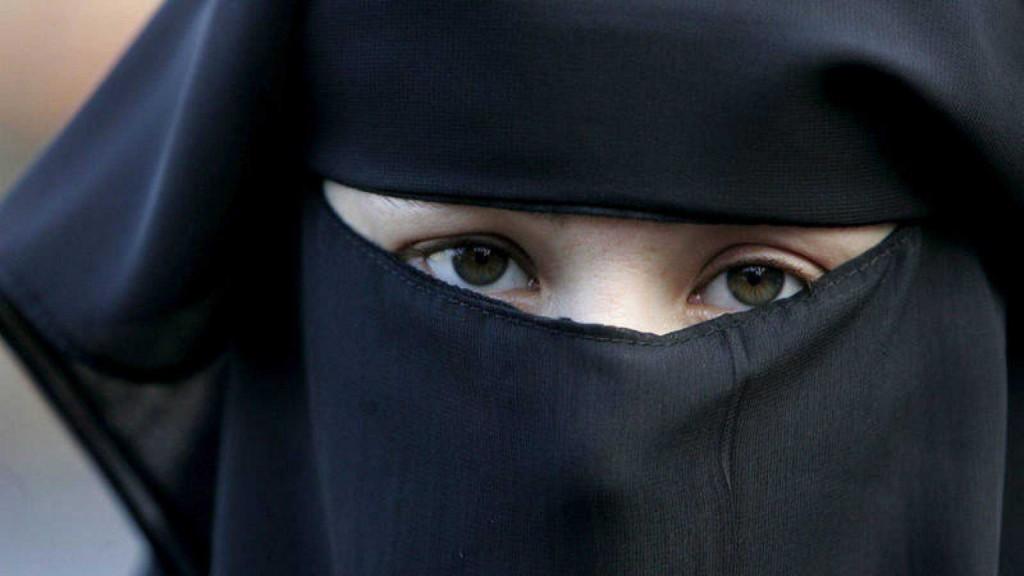 burka-suiza-1536x864