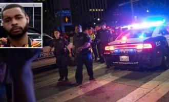 Ataque terrorista antiblanco en Dallas<br><span style='color:#006EAF;font-size:12px;'>Nuevos disturbios raciales en protestas de afroamericanos</span>