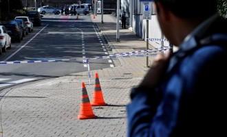 Posible acto terrorista en Bruselas: Dos policías apuñalados<br><span style='color:#006EAF;font-size:12px;'>STOP ISLAMIZACIÓN DE EUROPA</span>