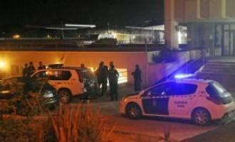 Heridos cinco policías en un motín en el centro de internamiento de extranjeros de Murcia<br><span style='color:#006EAF;font-size:12px;'>ALTO A LA INMIGRACIÓN MASIVA</span>