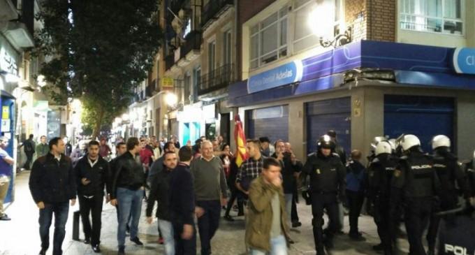 DN asistió al acto de la comedia<br><span style='color:#006EAF;font-size:12px;'>Los patriotas repelen ataque antifascista en Madrid</span>