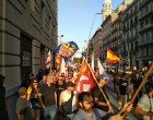 DN se manifestó contra el atentado islamista en Barcelona pese la oposición de mossos y antifascistas<br><span style='color:#006EAF;font-size:12px;'>STOP ISLAMIZACIÓN DE ESPAÑA</span>