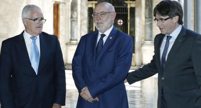 """Cataluña: 2 fiscales anti secesionistas """"mueren"""" con 10 días de diferencia<br><span style='color:#006EAF;font-size:12px;'>TRAS MAZA, MUERE EL FISCAL JEFE DE CATALUÑA ¿QUÉ  ESTÁ  PASANDO? ¿LES HAN MATADO?</span>"""